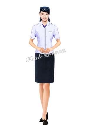 时尚靓丽短袖装